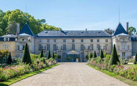 The museums and châteaux of Rueil-Malmaison; heritage and charm